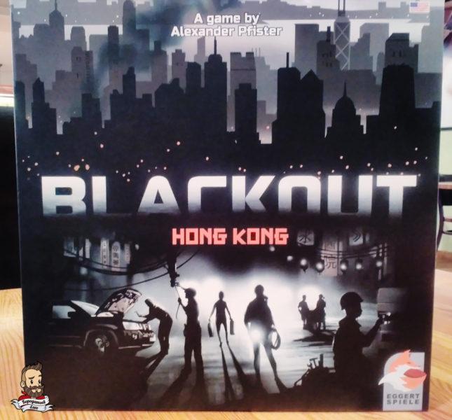 Коробка с игрой Blackout: Hong Kong