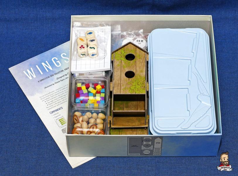 Коробка с игрой Крылья (Wingspan)