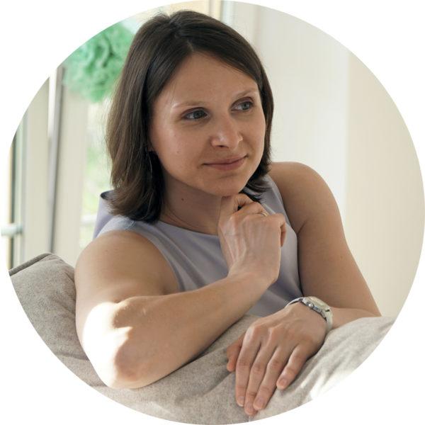 Саша Александрова, автор блога Пронастолки