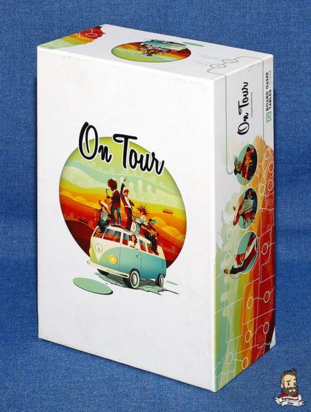 Коробка с игрой On Tour