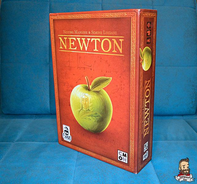 Коробка с игрой Newton